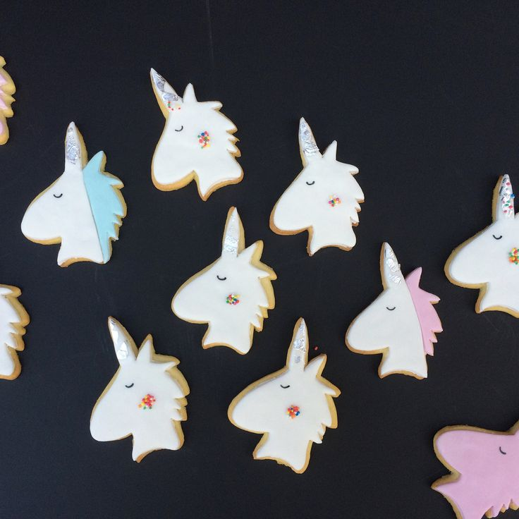 Unicorn cookies by Little Pudding
