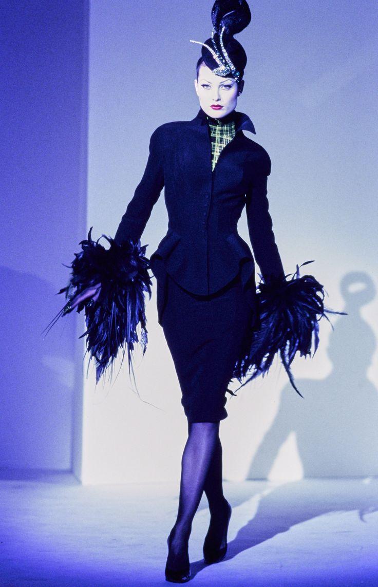 Best 25 1990s Fashion Women Ideas On Pinterest Drew