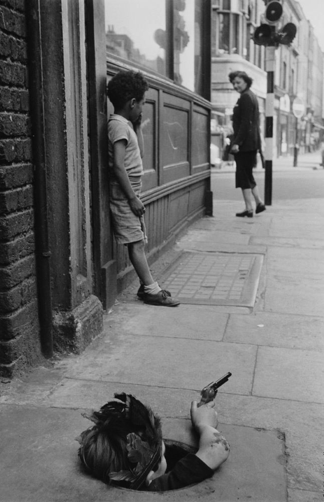 Thurston Hopkins - London, 7th August, 1954
