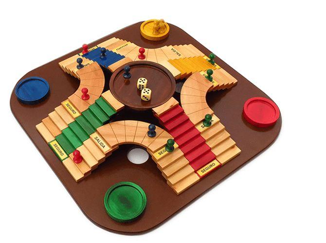 Wooden Board Games, Wood Games, Cafe Geek, Toddler Learning Activities, Ideias Diy, Diy Games, Tabletop Games, Wood Toys, Wooden Diy