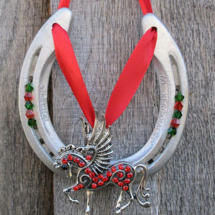 64 best images about horseshoe arts and crafts on pinterest for Horseshoe arts and crafts