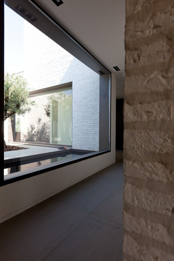 Courtyard House VW / Areal Architecten