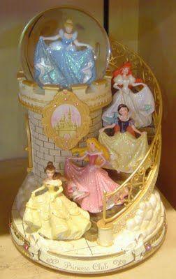 Cinderella, Ariel, Snow White, Aurora and Belle. Aurora is my favorite.
