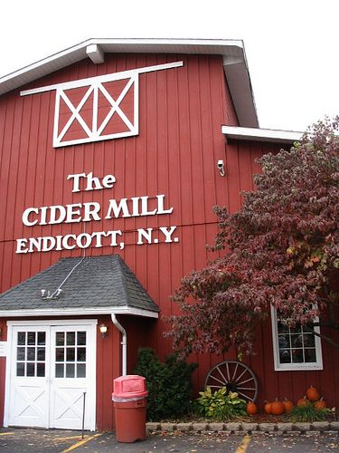 The best cider and donuts you will ever have in your life... Sometimes the Southern Tier brings their A game!