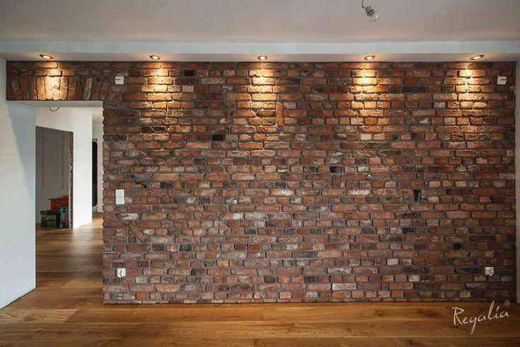 stara cegła rozbiórkowa ceglana płytka ściana z cegły