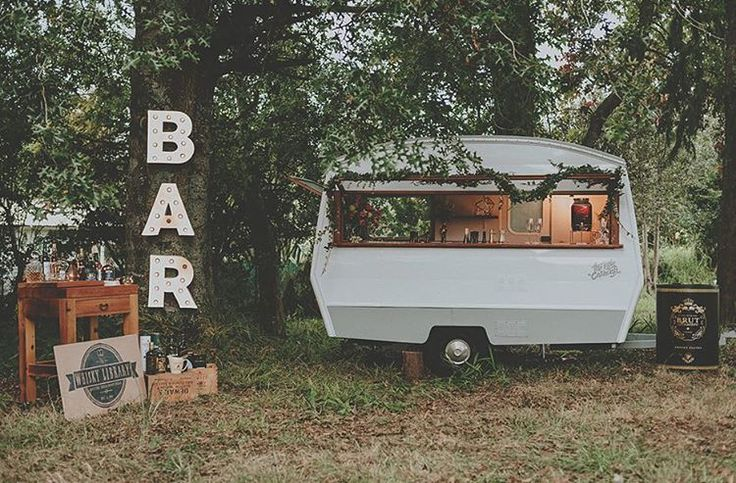 For a lovingly restored vintage caravan turned roaming bar look no further than @thelittlecaravannz perfect for your wedding or special occasion
