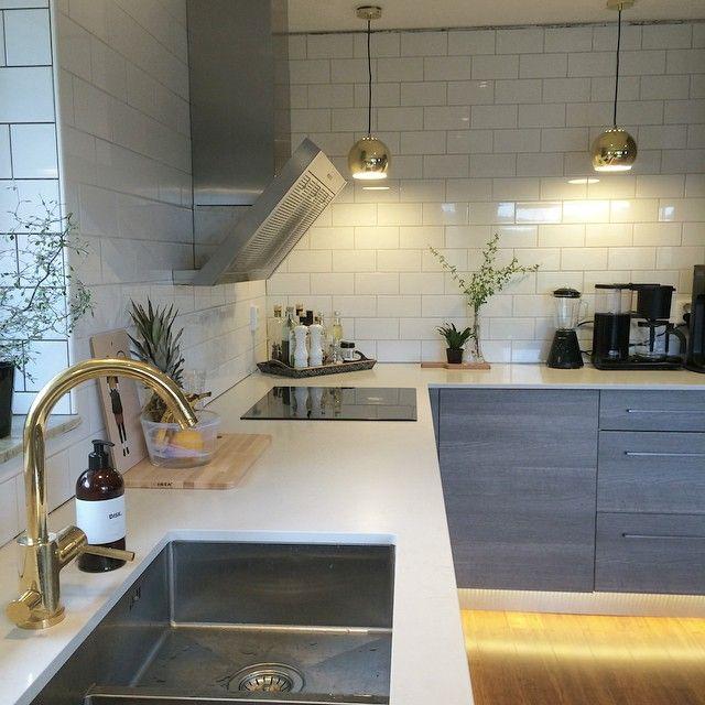 Ny köksvinkel! Frågan är när listerna kommer upp  #kvik #kvikkitchen…