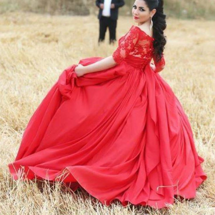 Elegant Red Plus Size Lace Bodice Satin Arabic Formal Evening Dress Gowns with Buttons at Back