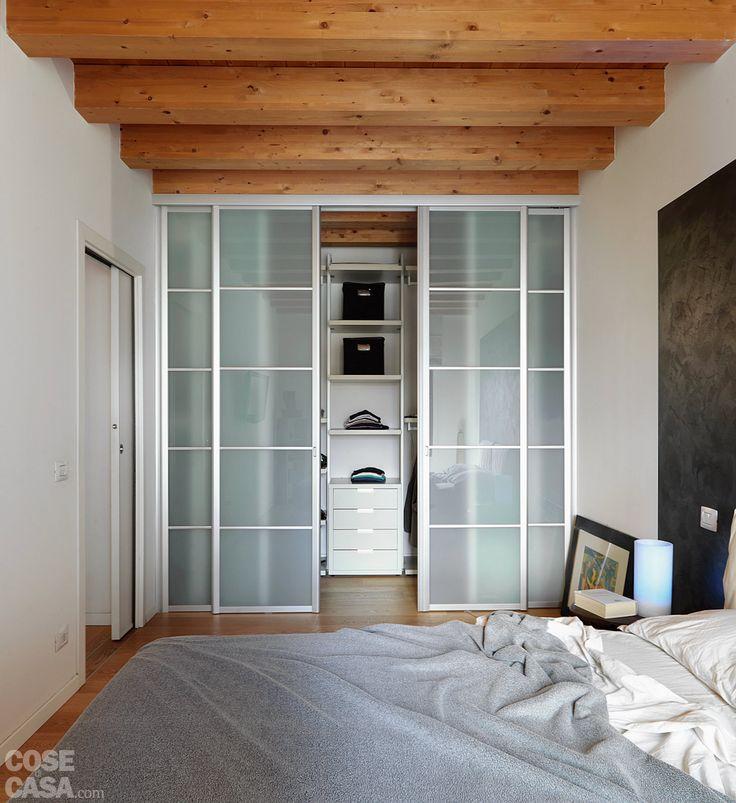 Una ristrutturazione da copiare per rendere visivamente più ampi gli spazi.