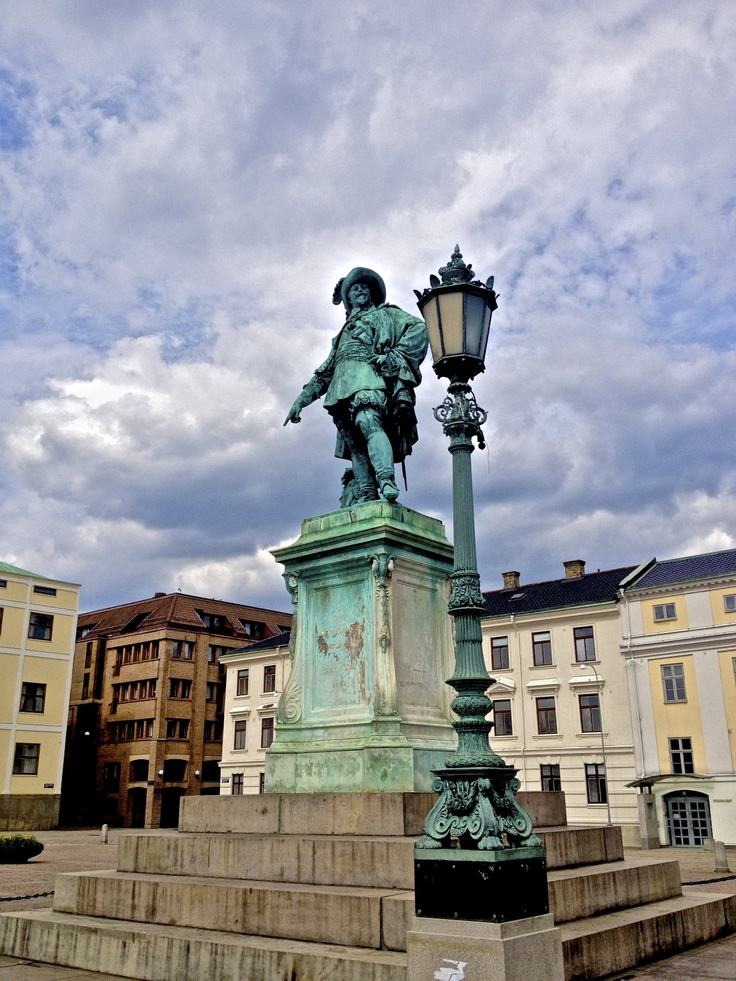 """Statue of Gustaf Adolf in """"Gustaf Adolph Square."""" Gustaf is pointing at the spot where he wanted to establish the city"""