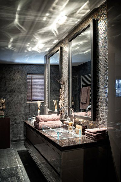 The Netherlands / Huizen / Headquarters / Bath Room / Eric Kuster / Metropolitan…