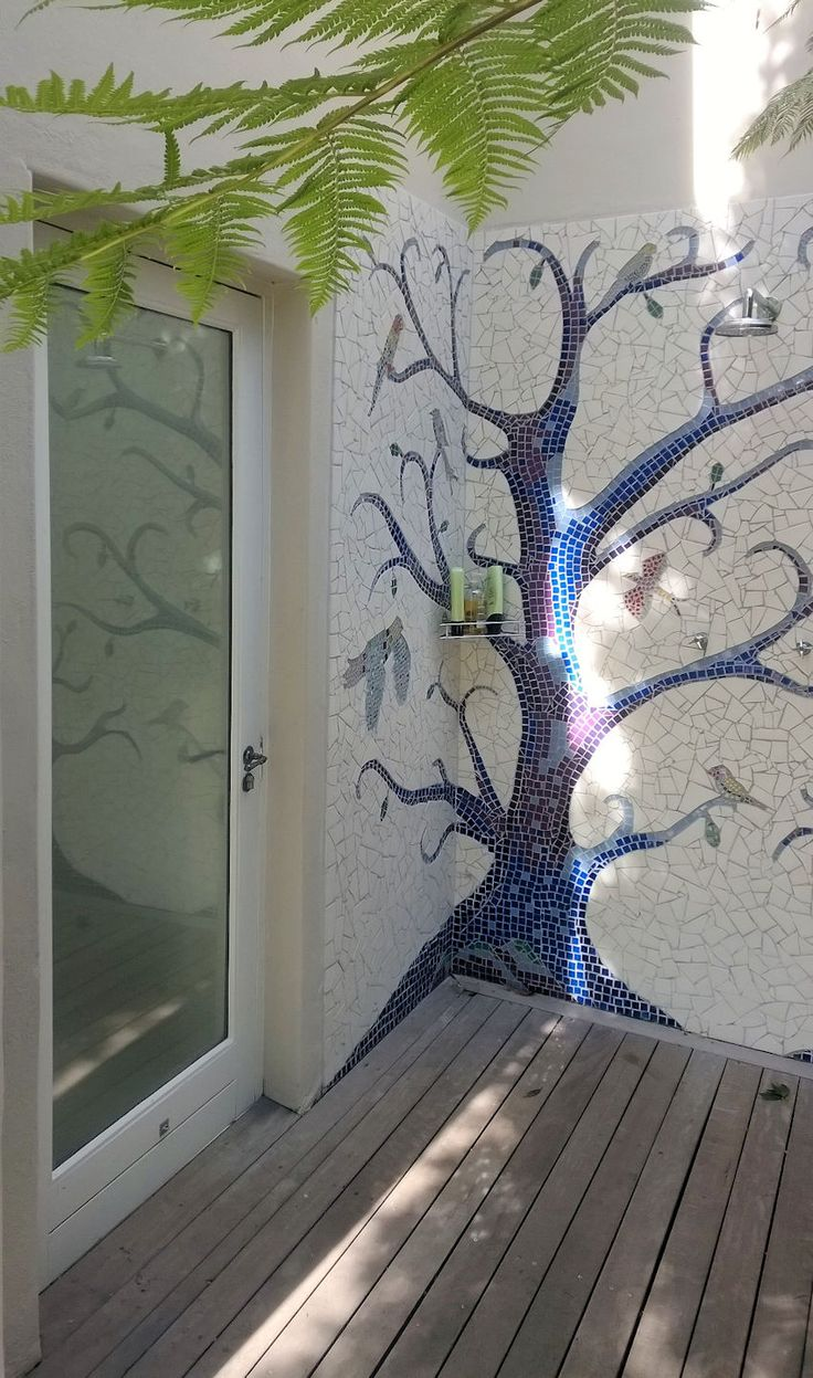 Outside shower door with double glazing
