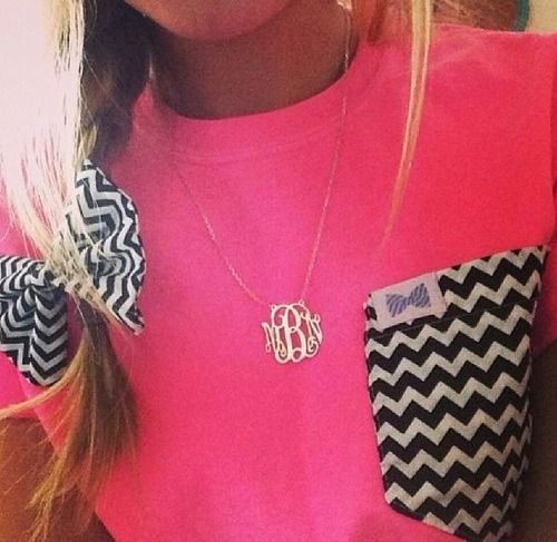 ooo dat necklace! and of course chevron:)