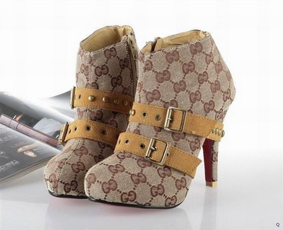 Gucci mini bootsGucci Luv, Shoes Paradise, Shoes Addict, Shoese レ, Shoese Heels, Minis Boots, Gucci Minis, 2012 Gucci, Shoese 3