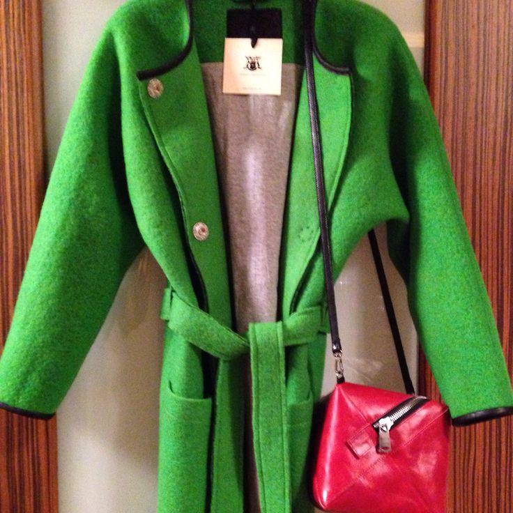 Яркое, весеннее пальто от alchemy of style