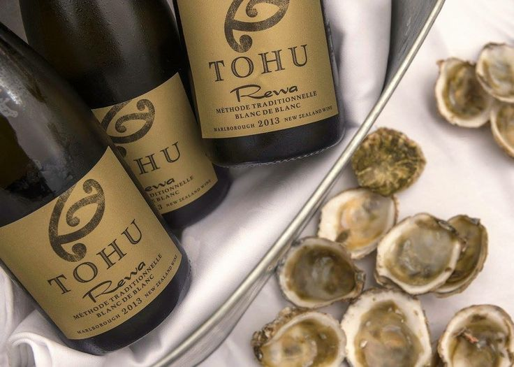 Magic made in beautiful Aotearoa NZ, perfect marriage combo with Tohu wines + succulent oysters! Let us organise your next foodie tour and guide you on a gastronomic delight today! Book online www.koruenterprises.net #nzmustdo #foodieheaven