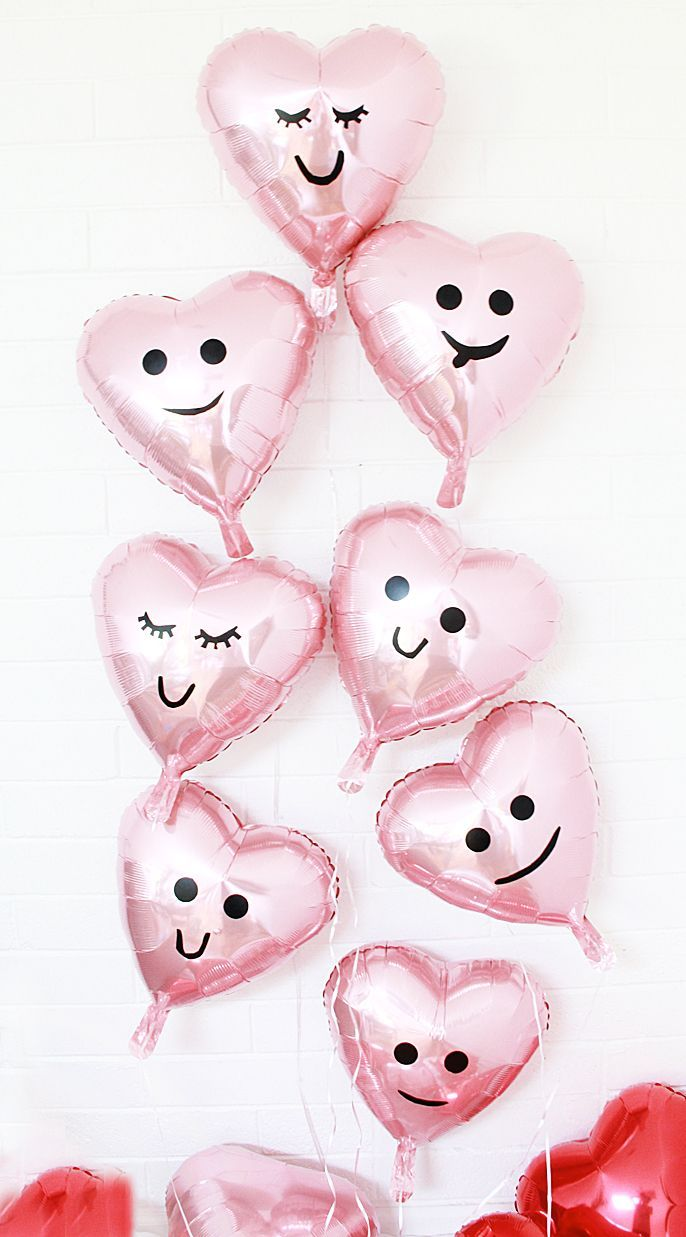 diy valentine balloons, heart emoji balloons | A Bubbly Life