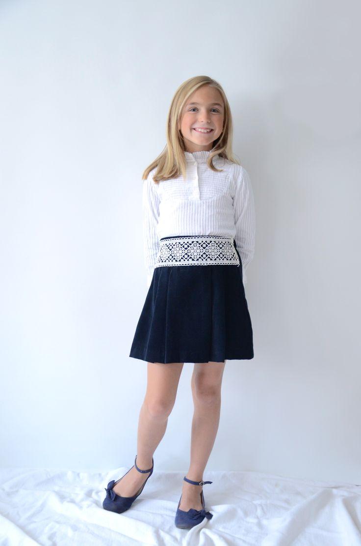 Falda de terciopelo y guipur