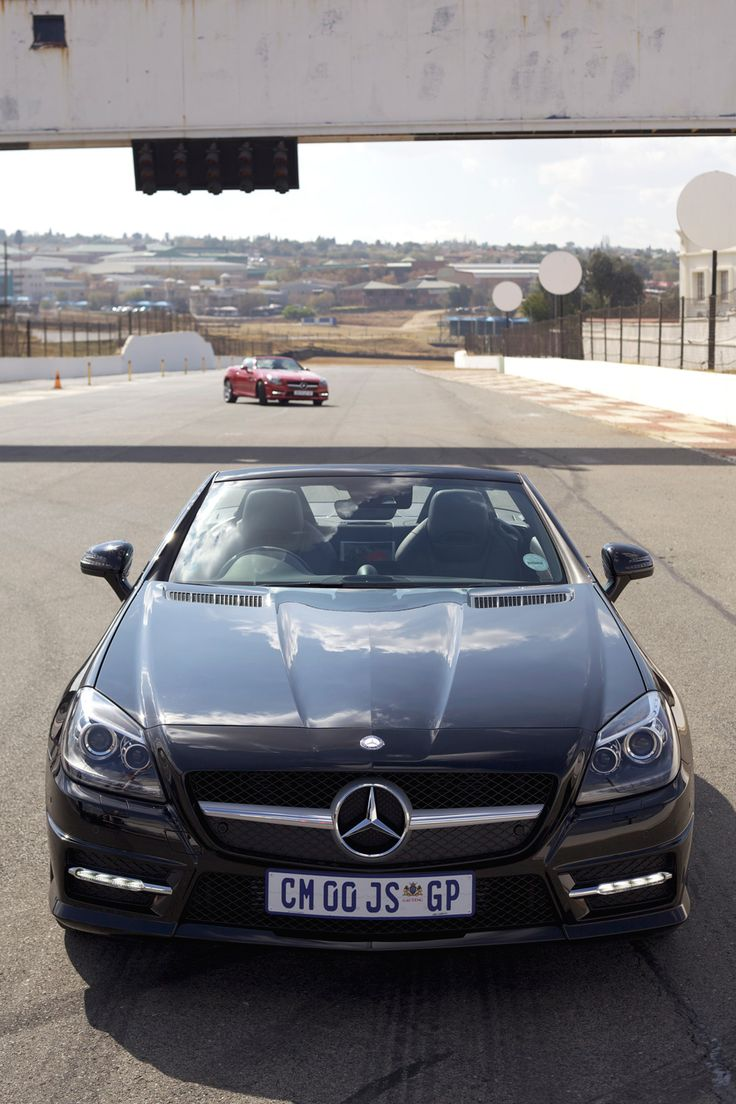 MBLife | MBLife | The ever-popular SLK range has received an update with the addition of the SLK 250 BlueEFFICIENCY engine derivative. It's the latest addition to 'Mercedes-Benz Dream Cars': a performance collection comprising a select range of coupé, cabrio and roadster models. Click image to read the article