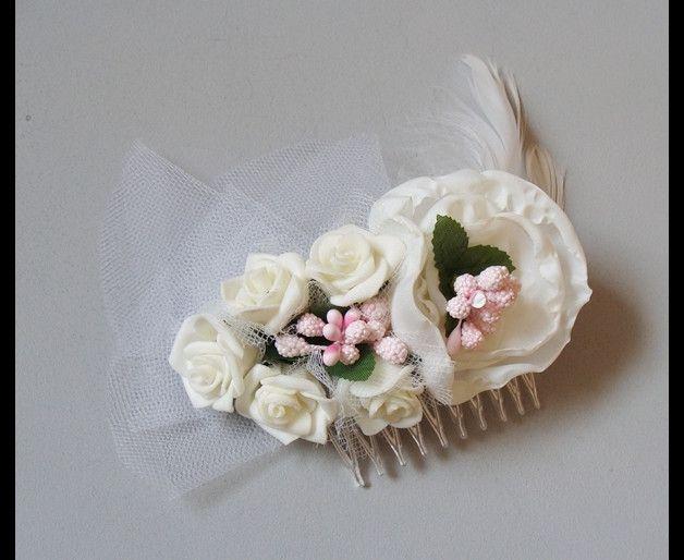 bridal hairflowers in creme