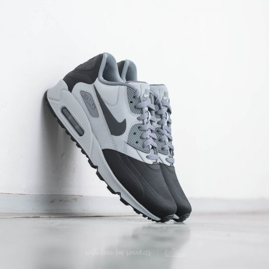 Nike Air Max 90 Premium SE Wolf Grey; Anthracite-Cool Grey za  3 990 Kč