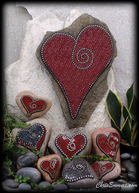 """""""Black and Red"""" Mosaic Hearts Garden Stones and Paperweights by Chris Emmert, via Flickr"""