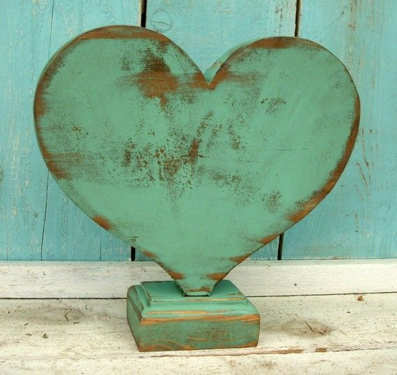 Heart - Wooden - Wood - Shabby Decor - Beach House - Home Decor - What wood your heart love?