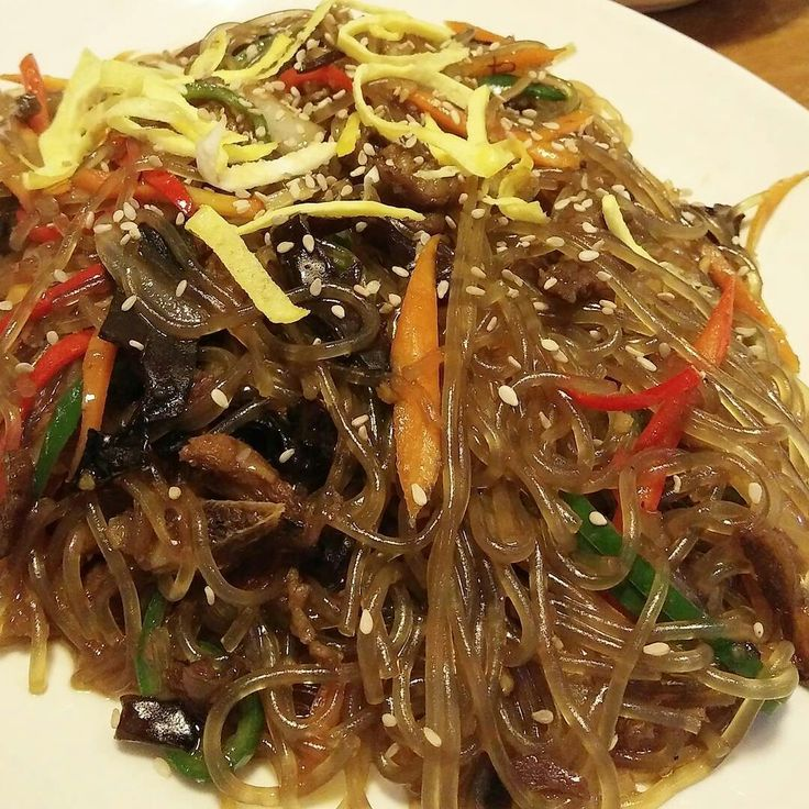 This was my first time trying out Japchae at Chung Gi Wa. It's a Korea glass noodle.