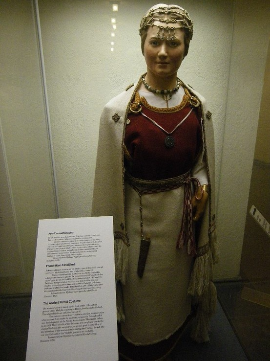 12th century dress, Finland