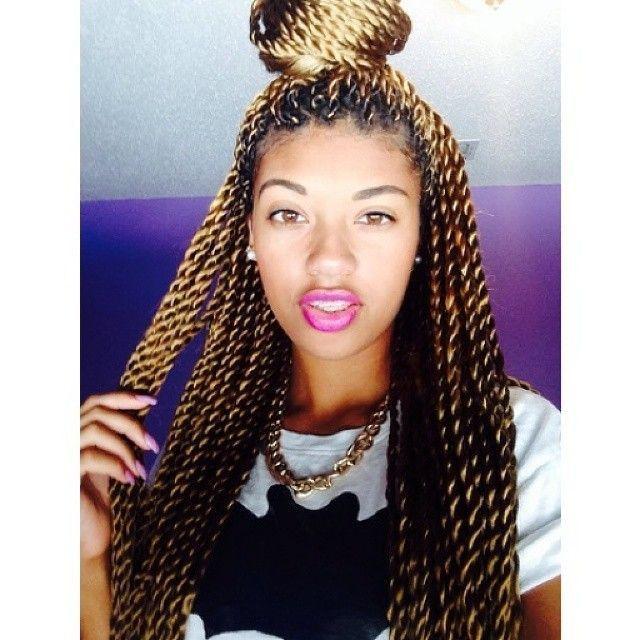 Brown & blond Senegalese twists