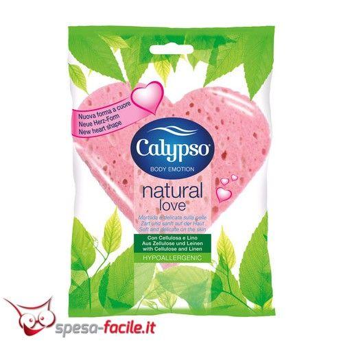 € 1,64  Calypso Spugna Corpo Natural Love. Spugna per il bagno realizzata in cellulosa biodegradabile, arricchita con lino. La spugna corpo Calypso Natural Love è ideale per un piacevole bagno