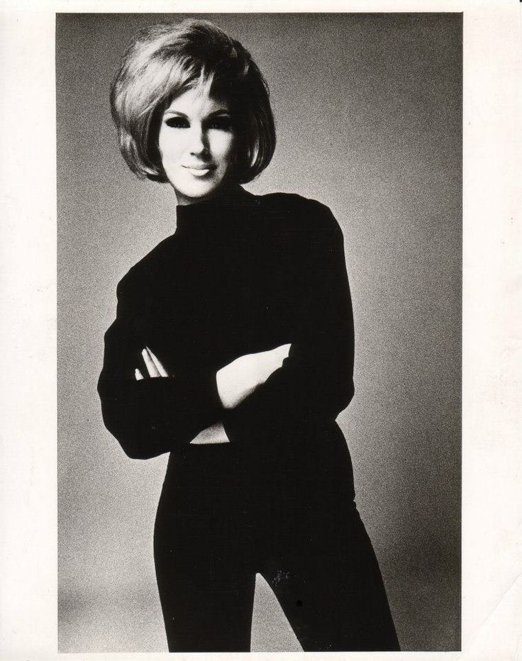60's music icon, Dusty Springfield.  British Soul Singer ---  Amazing Voice. Genius sound. It was in the late 1980s that the fact she was GAY was revealed. Last thinG i heard was a collaboration with the PET SHOP BOYS.
