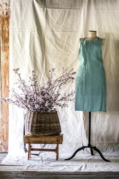 Francalia linen full bib apron - Odgers and McClelland Exchange Stores
