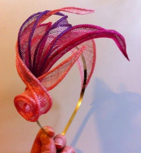 sinamay flowers - Google Search Más