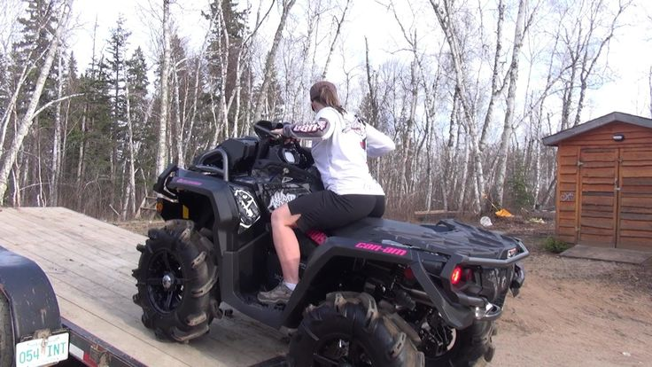 Mrs Ostacruiser's New Can-am https://www.youtube.com/watch?v=IwoKNqAlSHE #QUAD #CUADRIMOTO GIRL