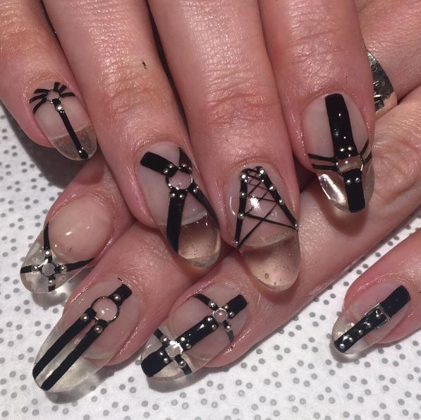 """jaenocturne: """"Normally I wouldn't go for artificial nails, but I definitely - Best 25+ Gothic Nail Art Ideas On Pinterest Gothic Nails, Goth"""