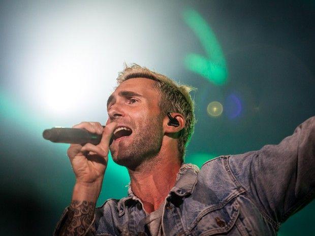 Adam Levine comanda o show do Maroon 5 no Allianz Parque, o estádio do Palmeiras, na noite desta quinta-feira (17) em São Paulo (Foto: Fábio Tito/G1)