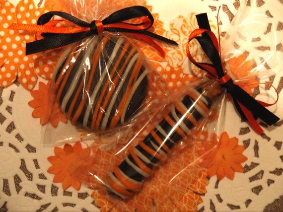 Halloween Chocolate Covered Oreo and Pretzel Rod Edible Favor Fall Wedding Favor Halloween Treats Halloween Candy Black and Orange Favor. $15.00, via Etsy.