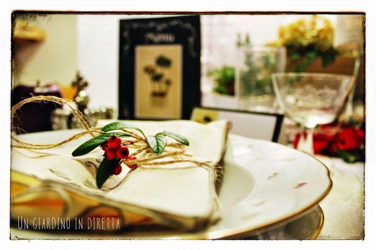 in diretta dal giardino: menu e segnaposto per la tavola di #NatalealVerde #natalealverde #giardino #giardinoindiretta #diy #faidate #freeprintable