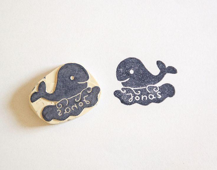 Namen & Monogramme - Namensstempel Wal handgeschnitzt personalisiert - ein Designerstück von Aure-und-En bei DaWanda