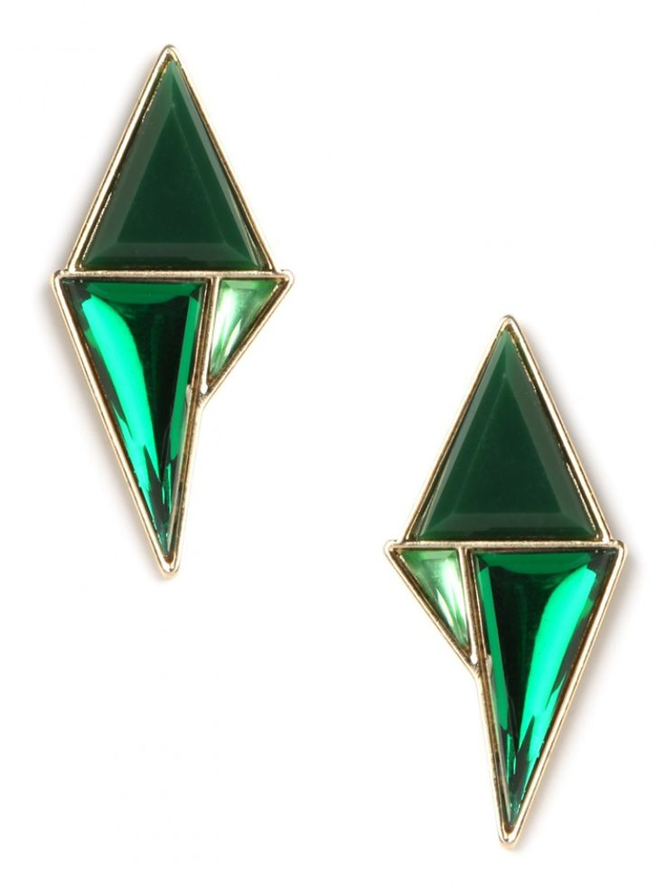 Earrings: emerald stud lust