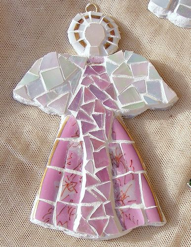 Christmas ornament - inspired by all of you who made those lovely mosaic pieces:-)