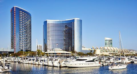 Downtown San Diego hotel with resort-style pool area