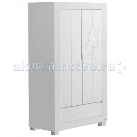 Micuna Neus A-1390 двустворчатый  — 63250р. --------------------  Шкаф Micuna Neus A-1390 двухстворчатый на устойчивых ножках - стильный предмет мебели, который идеально впишется в детскую комнату, дверцы декорированы резьбой.   Шкаф очень вместительный, он не только красив, а также позволит хранить детские вещи и белье в идеальном порядке. При производстве использовано современные, безвредные материалы, лаки и краски.  Особенности: 2 отделения 2 больших полки, 2 маленькие полочки Штанга для…