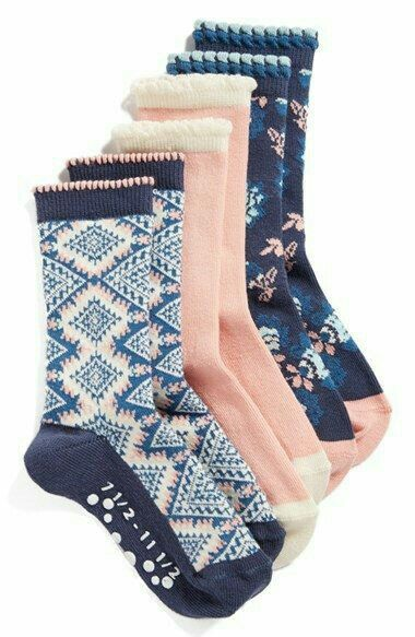 Floral Print Socks  \\  nordstrom, socks, cute socks, navy, blush, floral, floral socks, style, cozy, fashion, shop