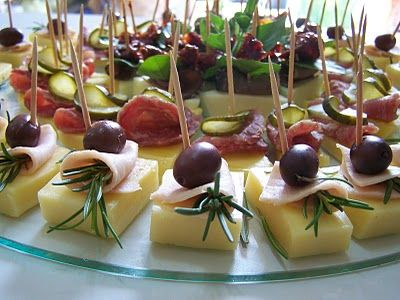 Canapes queso - jamon