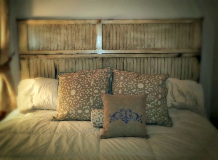 SheShe, The Home Magician: Headboard Made from an Old Louvered Closet Door