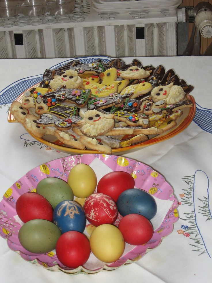 Easter 2014 - eggs and cookies