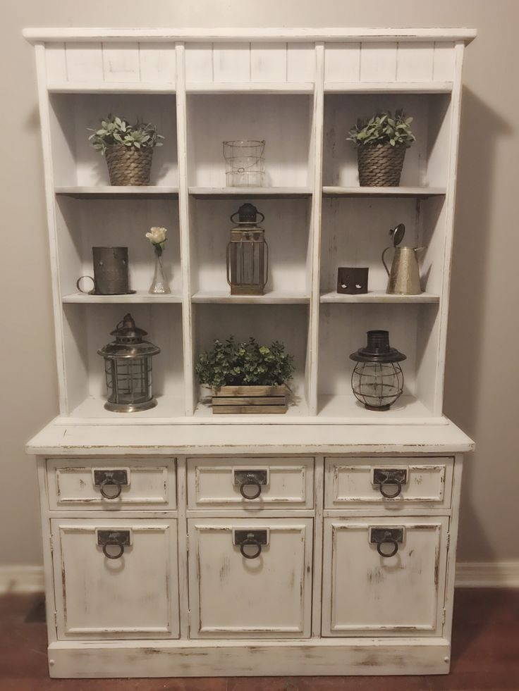 BEAUTIFUL White Vintage Rustic Hutch Dining Room Distressed