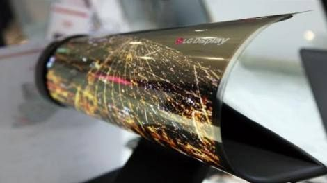 LG is betting big on flexible OLED screens -> http://www.techradar.com/1325521  LG is taking the flexible organic light-emitting diode (OLED) screen battle to Samsung. LG is a leader in making OLED displays for televisions but has trailed behind Samsung in bringing OLED screens to mobile. That's about to change as LG just invested $1.75 billion (about 1.33 billion AU$2.3 billion) in ramping up production capacity for its flexible OLED displays according to Reuters.  Samsung has long led the…